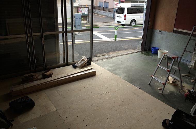 3 倉庫床
