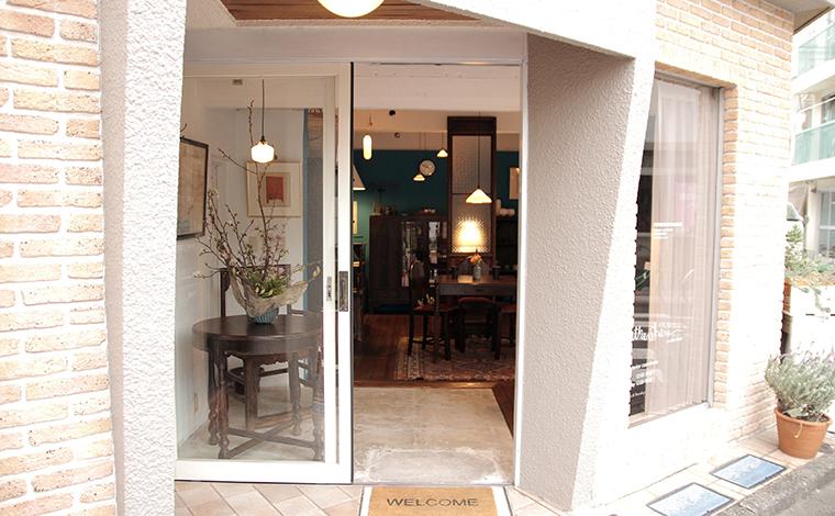 飛松陶器的灯飾加老上海的家具 / lightware + old shanghai